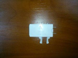 Замена герконового датчика холодильника