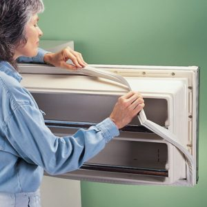 Почему не закрывается холодильник